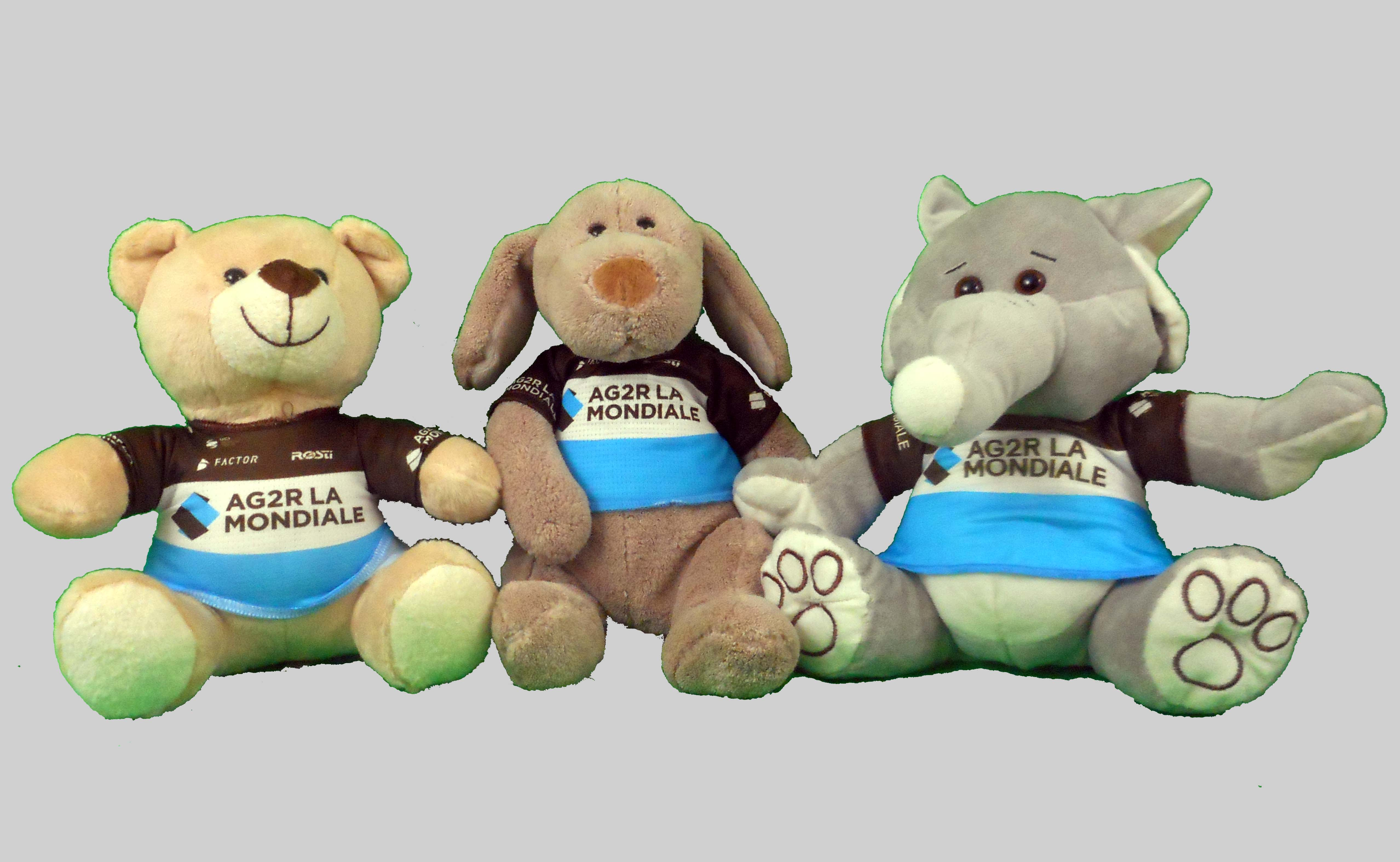 Sylvain Coulon - camiscyclephile - Collection Maillots Cyclistes - Les peluches mascottes Ag2r - La Mondiale